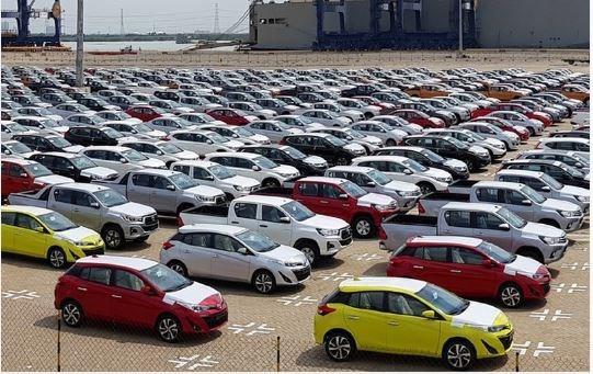 Ô tô nhập khẩu tỏ ra yếu thế tại thị trường Việt Nam