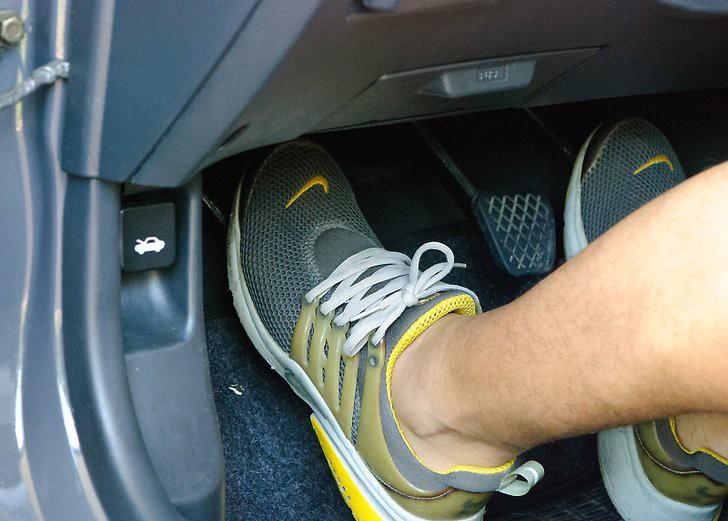 3 lưu ý quan trọng cần nhớ kỹ trước khi khởi động ô tô